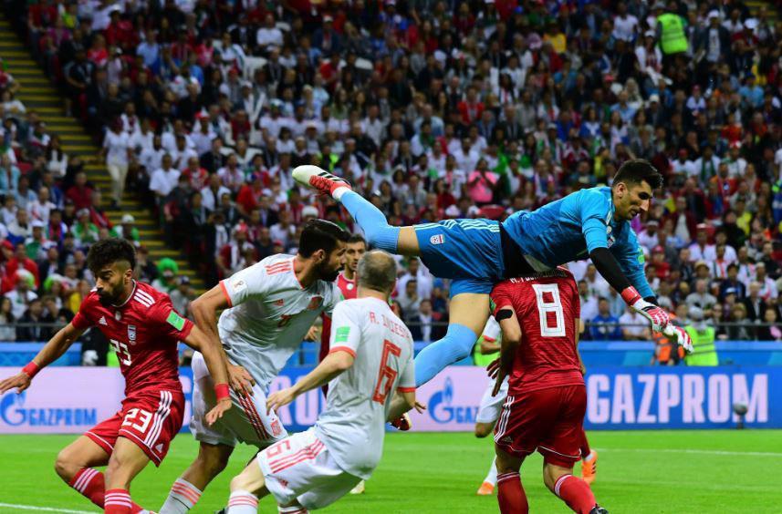 نمرات بازیکنان ایران و اسپانیا از نگاه هواسکورد؛ ایسکو بهترین بازیکن |  طرفداری
