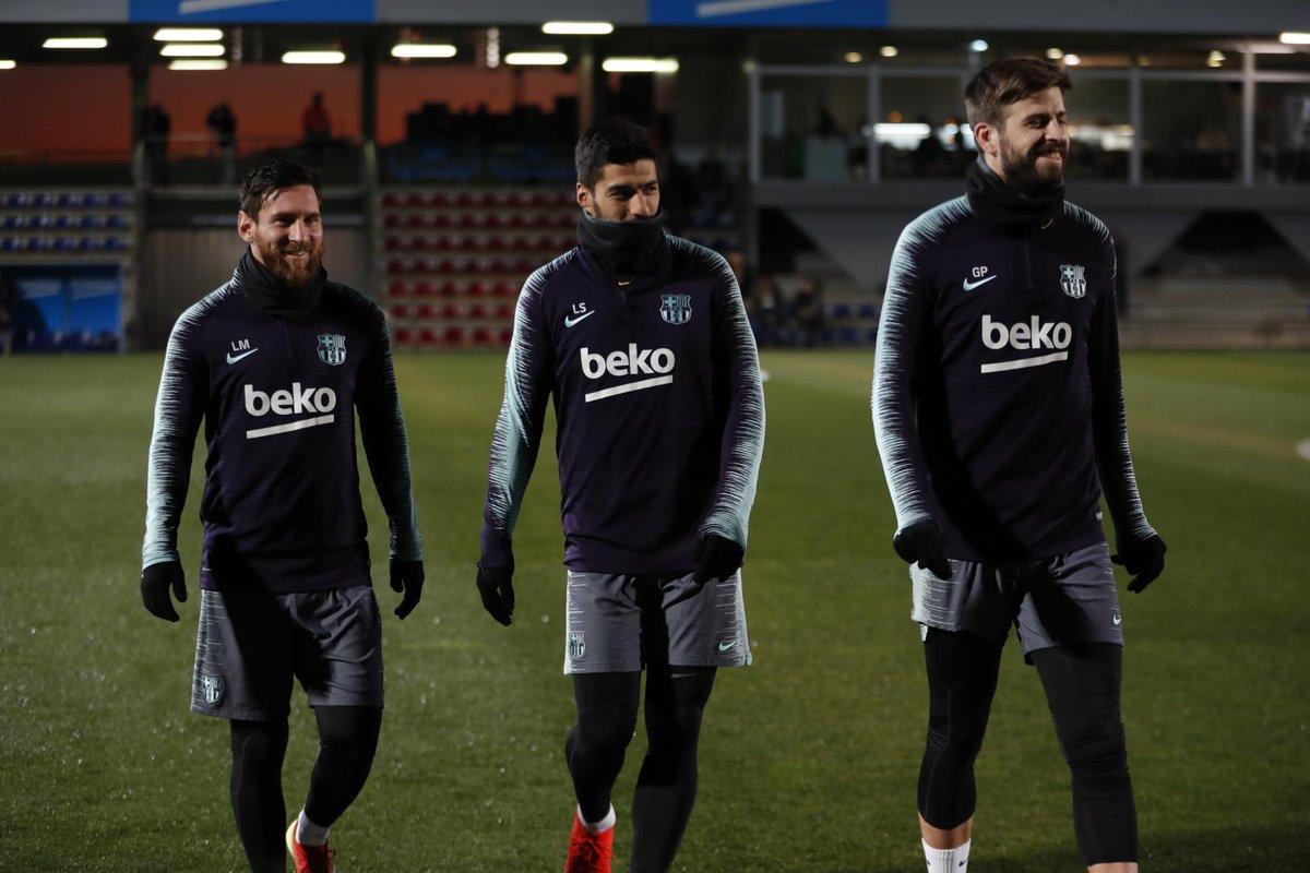 BARCELONA-بارسلونا-تمرینات-مدافع-مهاجم