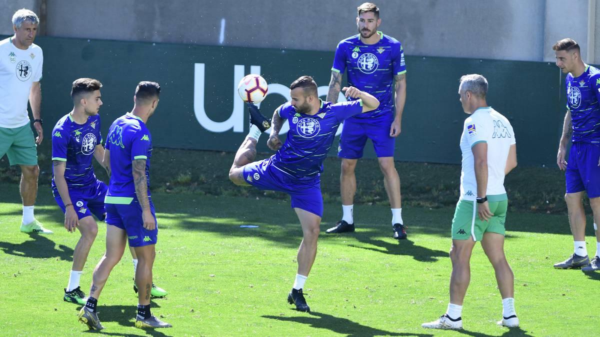 هافبک-اسپانیا-لالیگا-رئال بتیس-Real Betis