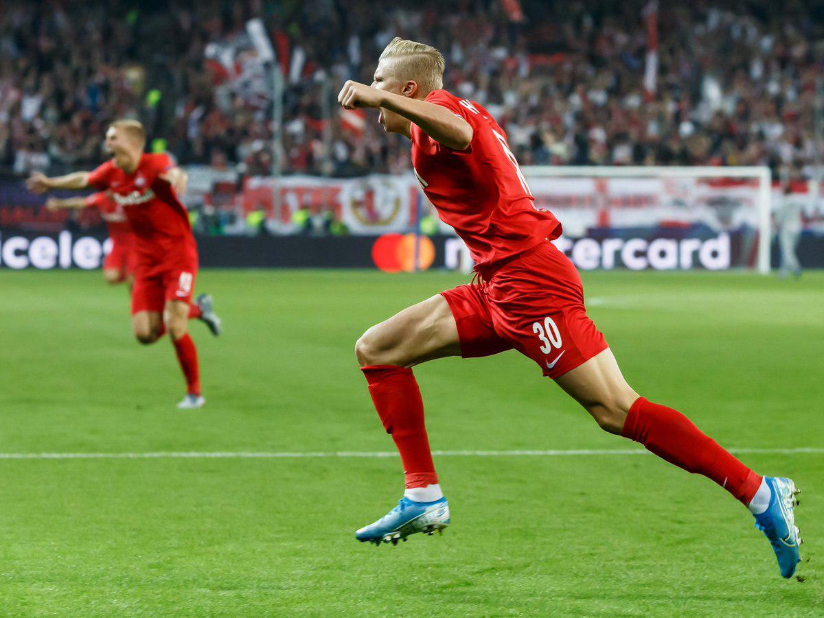 ردبول سالزبورگ - گلزنی در لیگ قهرمانان اروپا - بازی مقابل خنک - هت تریک