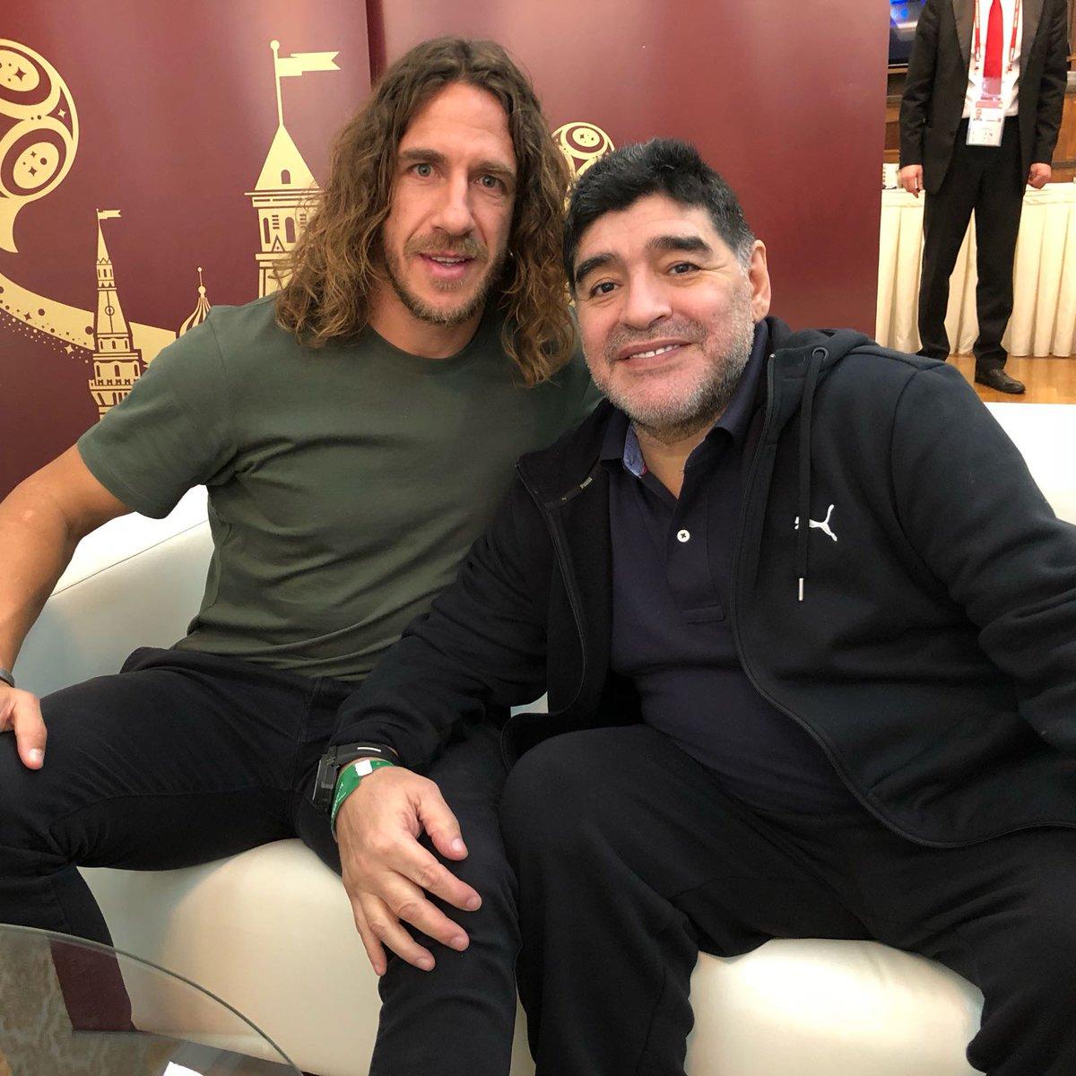 دیگو مارادونا و کارلس پویول
